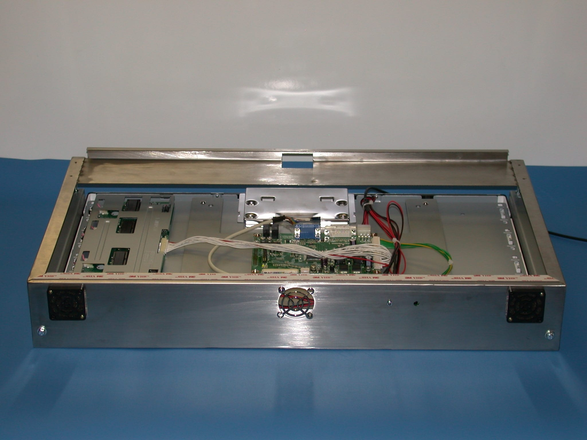 Winstronics lcd integration manufacturing